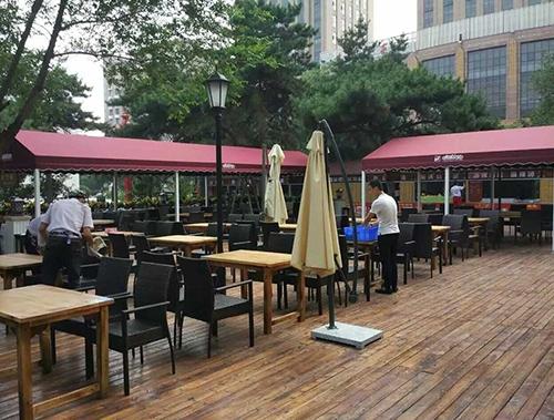 辽宁大厦啤酒广场